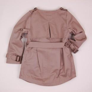 Фото: Детский плащ с погонами и поясом (артикул O 10136-brown) - изображение 4