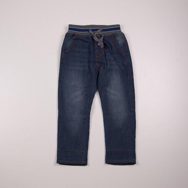 Фото: Джинсы на резинке с подворотами для мальчика (артикул Z 60179-jeans)