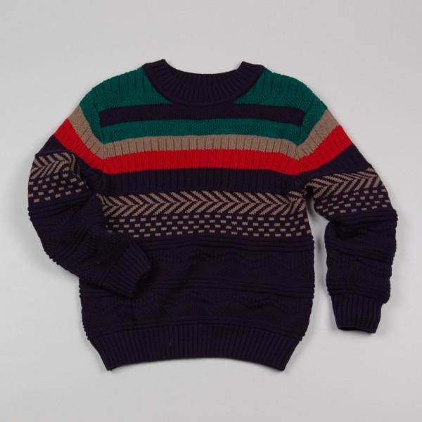 Фото: Вязаный свитер с орнаментом для мальчика (артикул Z 20039-different)