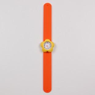Часы с цветком