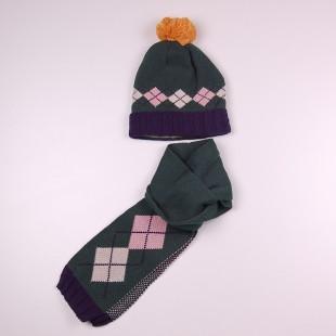 Набор шапка и шарф зеленого цвета
