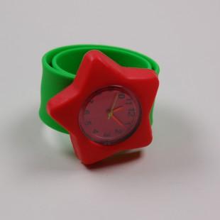 Часы с красной звездой