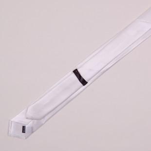 Белый галстук-лента