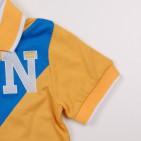 Фото: Фирменная футболка для мальчика с синей полосой (артикул O 40106-yellow-blue) - изображение 6