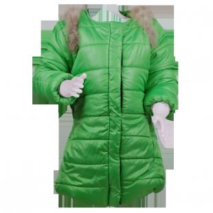 Пальто с мехом на плечах