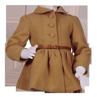 Пальто с завышенной талией и большими пуговицами