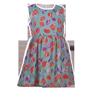 Платье с рисунками цветов