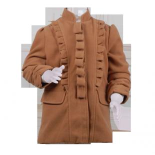 Красивое детское пальто с рюшами спереди