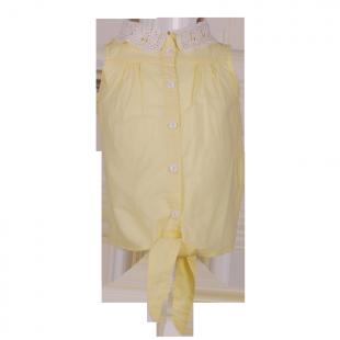 . Рубашка с кружевным воротником